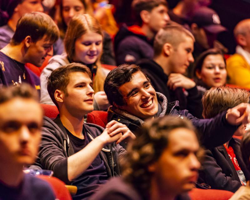 publiek in zaal tijdens IFFR